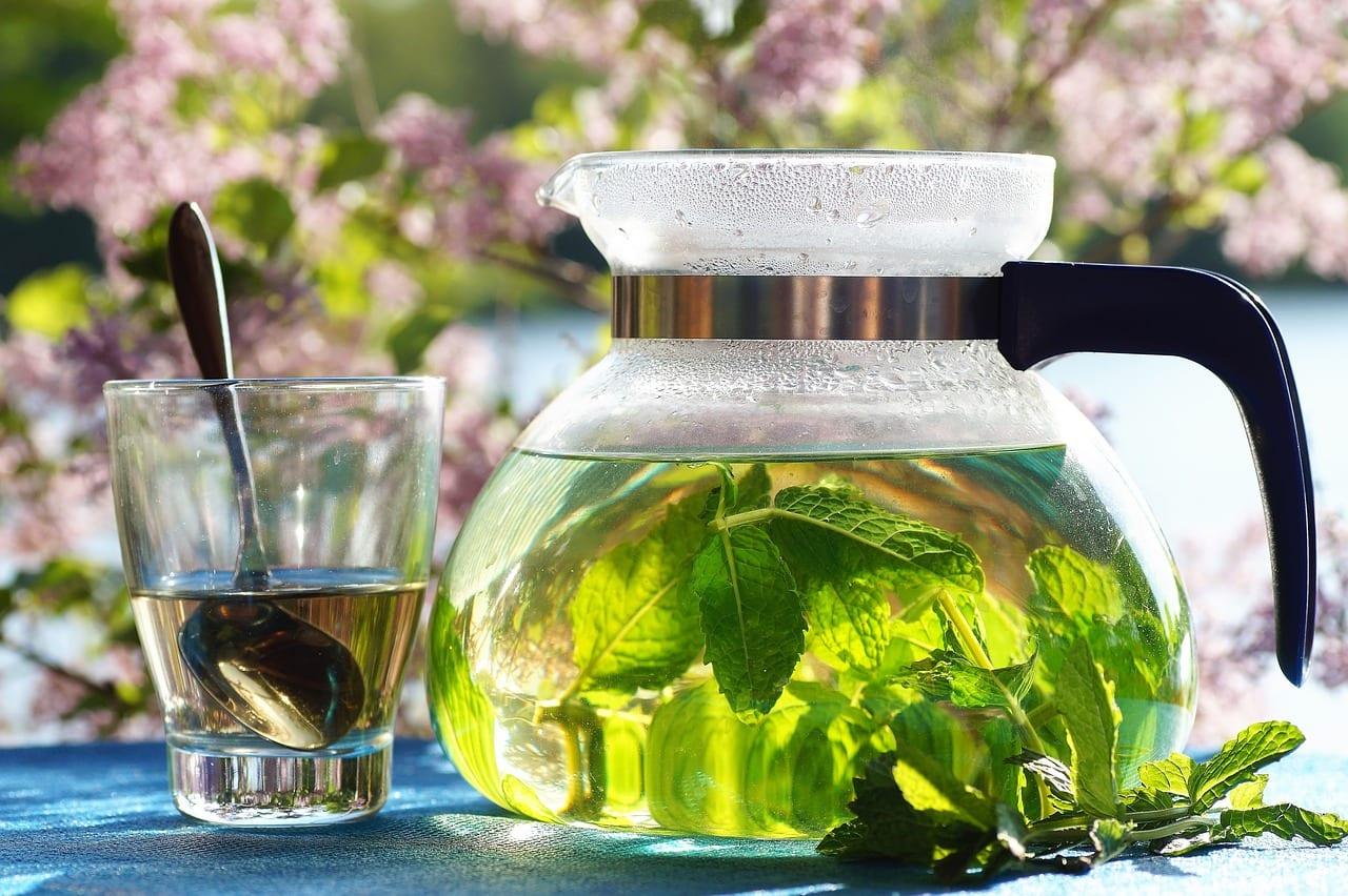 green tea brewing loose leaf