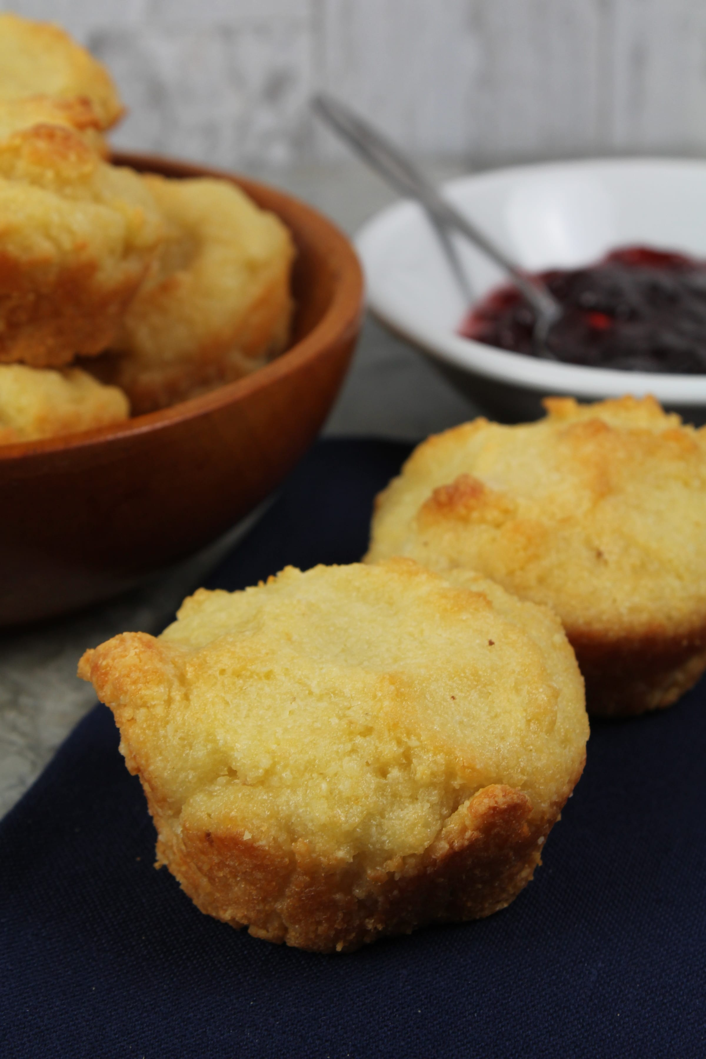 low carb breakfast biscuits for mornings